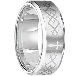 COI Titanium Cross Celtic Beveled Edges Ring - JT2993